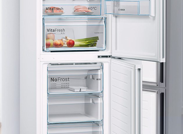 bosch free standing fridge freezers