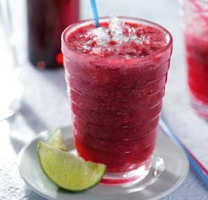 Summer Crush Red Fruir Smoothie recipe made using a juicer