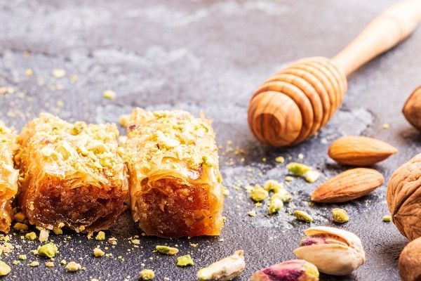 Baclava with honey and almonds