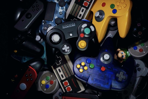A mixture of different Nintendo console controllers